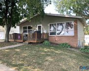 809 S Sneve Ave, Sioux Falls image