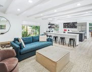 2121  El Roble Ln, Beverly Hills image