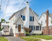 48 Collins Avenue, Bloomfield image