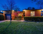 2647 W 12th Street, Dallas image