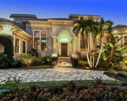 352 W Royal Flamingo Drive, Sarasota image