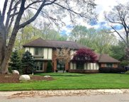 241 GROSSE PINES, Rochester Hills image