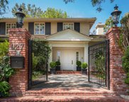 927 North Whittier Drive, Beverly Hills image