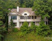 312 Mountain Crest  Drive, Hendersonville image