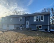 203 Shingle Hill  Road, West Haven image