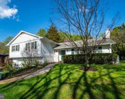 1047 Clover   Drive, Mclean image