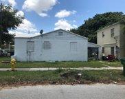1301 Nw 40th St, Miami image