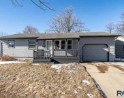 809 S Highland Ave, Sioux Falls image