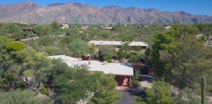 4950 N Calle Breve, Tucson