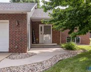 2504 S Groveland Ave, Sioux Falls image