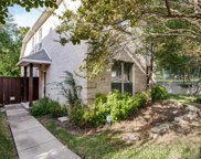 2536 Wedglea Drive, Dallas image