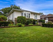 35 Oakview  Ave, Farmingdale image