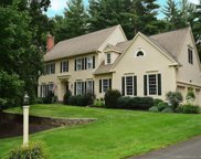 15 Old Stone  Crossing, Simsbury image