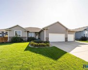 1100 S Tayberry Ave, Sioux Falls image