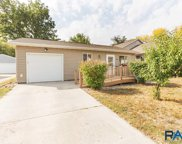 609 S Elmwood Ave, Sioux Falls image