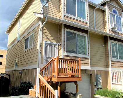 7716 Martin Luther King Jr Way S Unit #F, Seattle