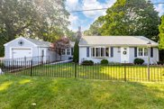 33 Tontaquon Ave, Saugus image