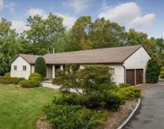 5 Circle Road, Muttontown image