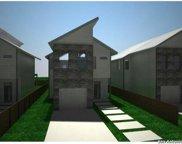 1050 UNIT #4 Essex, San Antonio image