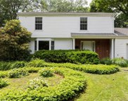 154 Rolling Wood  Drive, Stamford image