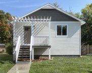 2124 S Duluth Ave, Sioux Falls image