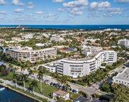 389 S Lake Drive Unit #3g, Palm Beach image