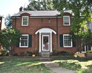 558 Hollywood  Place, Webster Groves image