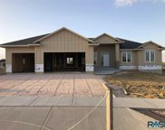 7433 E Twin Pines Ct, Sioux Falls image