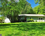 19 Manahoac Ln, Sperryville image