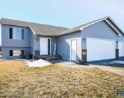 7321 W 64th St, Sioux Falls image