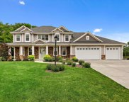 W194S8733 Wind Crest Ct, Muskego image