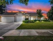 10701 Whitburn, Bakersfield image