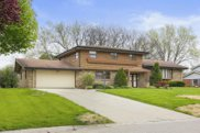 610 Alta Loma Dr, Thiensville image
