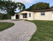 2101 Sw 67th Way, Miramar image