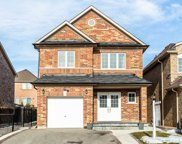 418 Comiskey Cres, Mississauga image