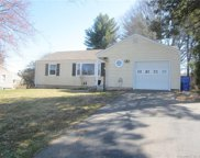 96 Two Stone  Drive, Wethersfield image
