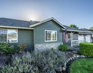 111 Meadowbrook  Drive, Central Point image