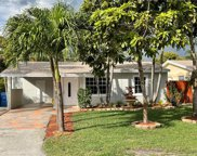 637 NW 45th St, Oakland Park image