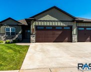 520 E Lakeview Dr, Brandon image
