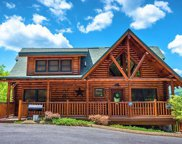 2214 Quiet View Way, Sevierville image