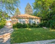 6627 N Harding Avenue, Lincolnwood image