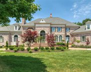 1103 Highland Pointe  Drive, Town and Country image