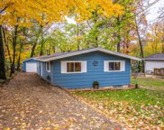 98 Jewell Dr, Williams Bay image