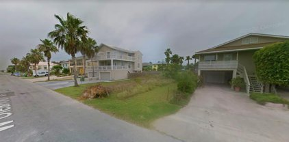 208 W Oleander St., South Padre Island