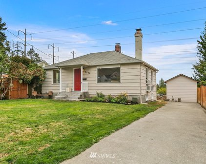 7000 S 120th Place, Seattle