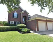 2101 Crestwind Court, Pearland image