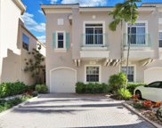 105 Resort Lane, Palm Beach Gardens image