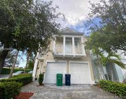 10704 Nw 75th Ter, Doral image