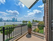 8 Henley Place, Weehawken image