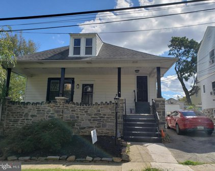11 Cloverdale Ave Unit #2, Upper Darby